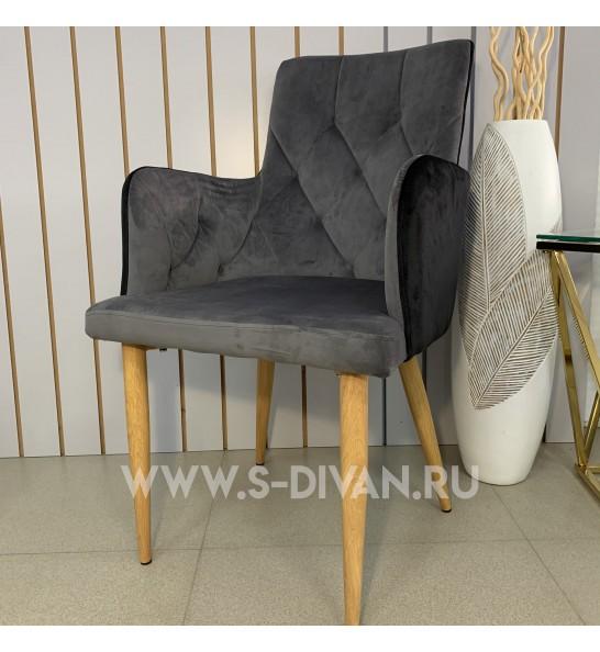 Кресло мягкое в форме ТРОН